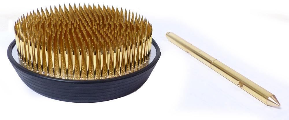Kenzan Fujigata flach (100 mm) mit Spieß